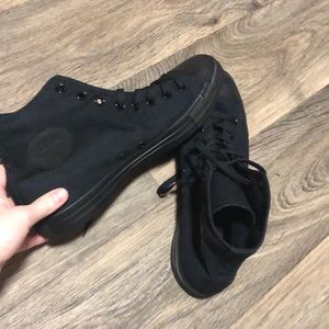 Brand New Mens All Black Converse